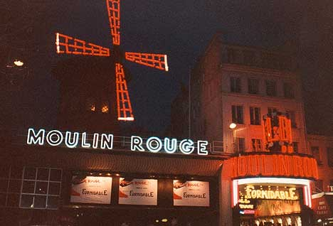 Paríž - Moulin Rouge - 7