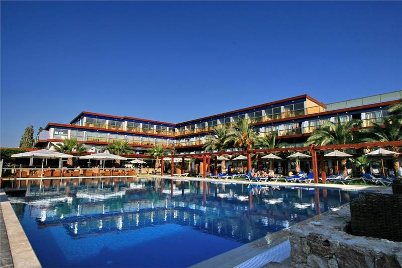 Hotel All Senses Ocean Blue Seaside Resort - 0