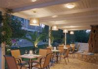 Hotel Olive Grove Resort - 3